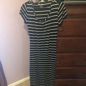 Black and white maxi dress medium